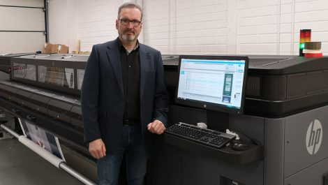SL Graphics combines HP technologies to bag award