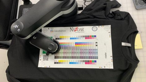 Nazdar qualifies DTG printed shirt for G7 colour control