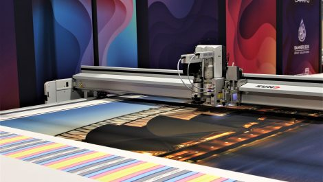 Specialised Canvas installs second Zünd cutter