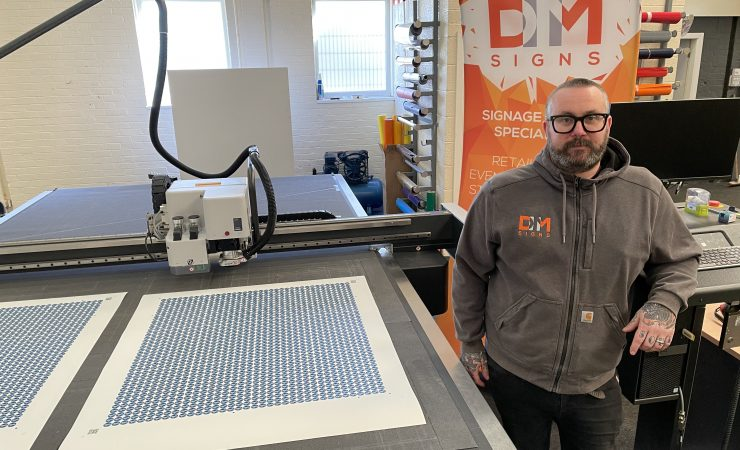 DM Signs grows flatbed print and cut capability