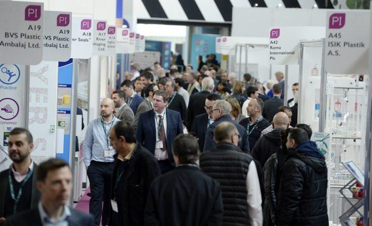 UK exhibitions to re-start in October